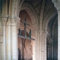 La base du clocher vue vers le nord-ouest (1997)