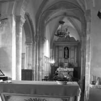 La croisée du transept et le choeur vus vers le nord-est (1996)