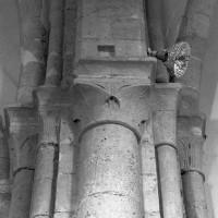 La retombée des voûtes entre la croisée du transept et le choeur (1996)