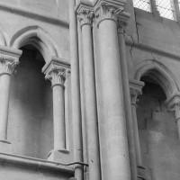 Seconde campagne : vue partielle du triforium des deux premières travées de la nef(2000)