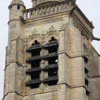L'étage du beffroi du clocher vu du sud-est (2018)