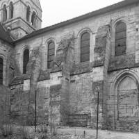 Vue partielle de l'église depuis le nord-ouest (1997)