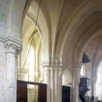 Vue partielle de la croisée du transept et de la chapelle nord vers le nord-est (1997)