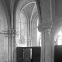 La croisée du transept et le bras nord vus vers le nord-ouest (1997)