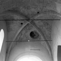 La voûte d'ogives de la dernière travée de la nef vue vers l'est (1995)