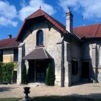 L'ancienne église vue du sud-est (1996)