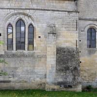 La chapelle nord-est et le bras nord du transept vus du nord (2015)