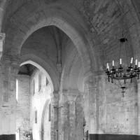 Vue partielle de la travée du clocher et de la nef vers le nord-ouest (1979)