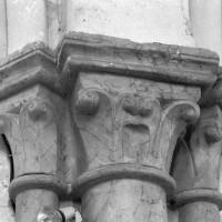 Chapiteaux de la travée du clocher (1995)
