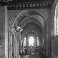 La travée du clocher et le choeur vus vers l'est (1997)