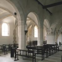 La nef et le bas-côté nord vus vers le nord-est (1995)