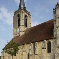 La nef et le clocher vus du sud-est (2016)