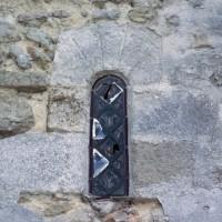 Fenêtre à la base du clocher nord (1993)
