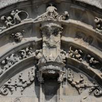 Vue partielle du tympan et des voussures du portail ouest (2016)
