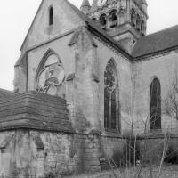 Les parties orientales de l'église vues du nord-est (1980)