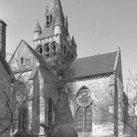 Les parties orientales de l'église vues du sud (1980)