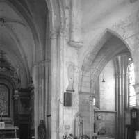 Vue partielle de la croisée du transept vers le sud-est (1980)