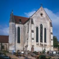 Le bras nord du transept et le choeur vus depuis le sud-est