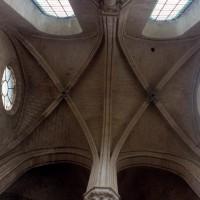 Les voûtes du bras nord du transept (2000)
