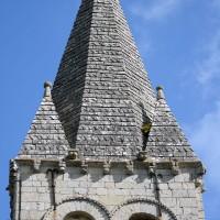 Le second étage et la flèche du clocher vus du sud (2016)