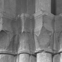 Chapiteaux de la troisième campagne : base du clocher et bas-côté sud (1995)