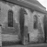 Le bas-côté sud du choeur du 12ème siècle vu du sud-ouest (1995)