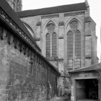 Vue partielle de la nef et du choeur vers l'est