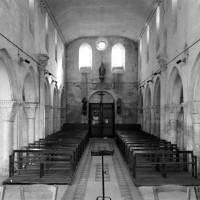 La nef vue vers l'ouest (1977)