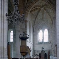 La croisée et le bras nord du transept vus vers le nord (2001)
