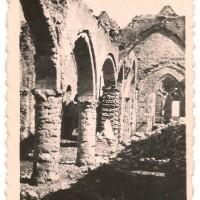 L'intérieur de l'église le 6 juin 1940. Photo provenant de la famille Gallopin, de Paillart, et aimablement communiquée par M. Romain Caron.