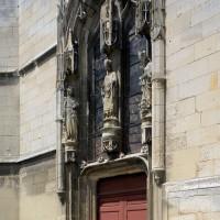 Le portail du bras sud du transept vu du sud-est (2016)