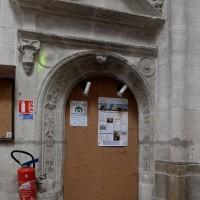 Porte dans le bras sud du transept (2016)