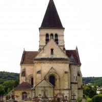 L'église dans son environnement vue de l'est (2019)