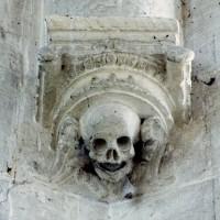 Cul-de-lampe à la retombée de la voûte de l'abside (2008)