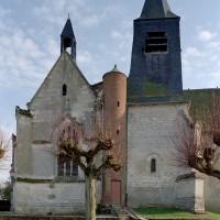 Vue partielle de l'église depuis le nord (2003)
