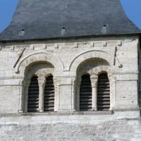 La face est de l'étage du beffroi du clocher (2008)