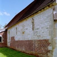Le mur nord de la nef vu du nord-ouest (2008)