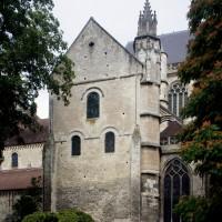 Le bras sud du transept vu depuis le sud-est (2015)