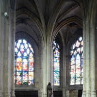 Le déambulatoire et les chapelles nord-ouest vus vers le nord-ouest (2015)