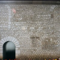 Vue partielle du mur du bas-côté nord de la nef (1997)
