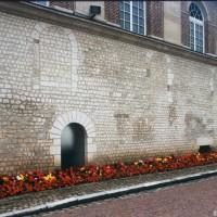 Le mur du bas-côté sud de la nef vu du sud-ouest (1997)