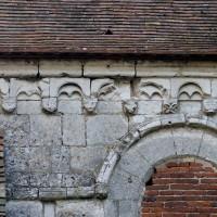 La corniche beauvaisine du mur ouest du bras nord du transept (2016)