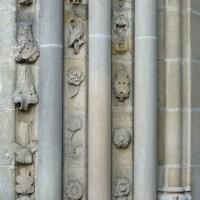 Détails des piédroits de gauche du portail ouest (2015)
