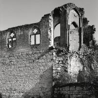 Les vestiges de la chapelle vus du sud-est