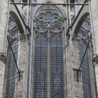 La fenêtre axiale du choeur vue de l'est (2015)