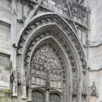 Le portail de la façade du bras nord du transept (2015)