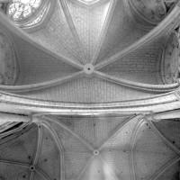 Voûtes d'une chapelle rayonnante et du déambulatoire (1980)