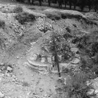 Pile de l'entrée du déambulatoire du bras nord du transept (photo Jean-Pierre Paquet, 1961)