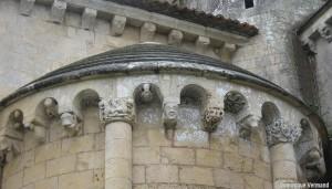 AULNAY-DE-SAINTONGE_Charente-Maritime_Corniche-romane