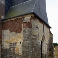 Vue de l'extrémité ouest de la nef depuis le nord-ouest (2016)